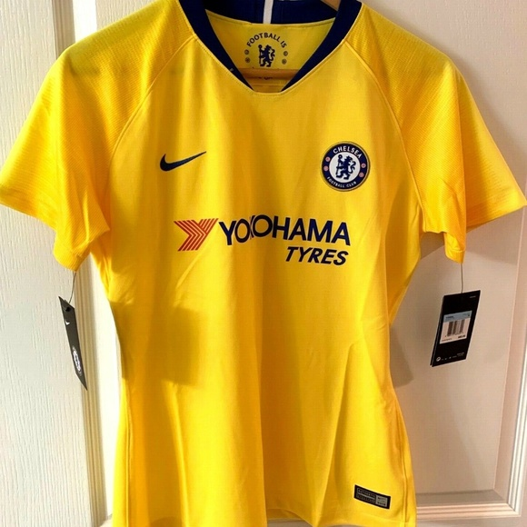 new product a3773 d84de Nike Chelsea FC Away Jersey Marigold Yellow - NWT NWT